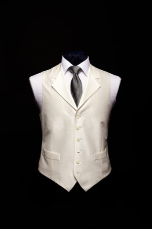 Ivory silk single-breasted waistcoat with lapels